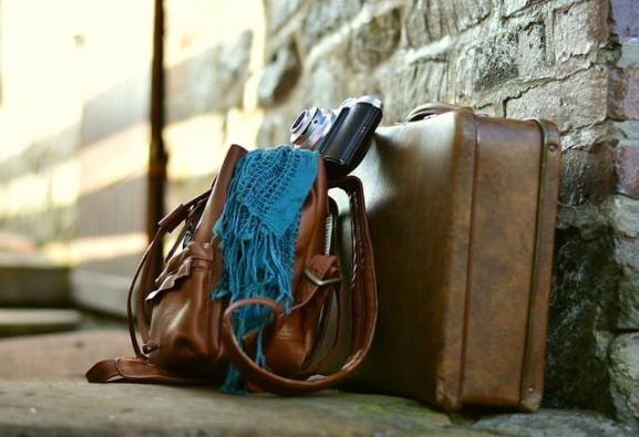Jak czyścić zamsz? blog sklepu online z torebkami Bona Fora